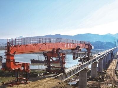 """全面实施""""一二三""""发展战略   衢宁铁路(福建段)建设突破重难点 西陂塘特大桥架设完成"""