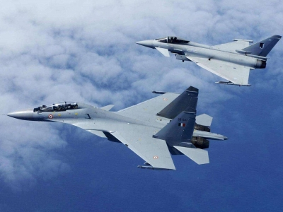 俄军计划年内恢复对北极的战机巡逻