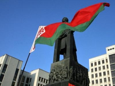 白俄罗斯总统解除一名副总理和农业部长职务