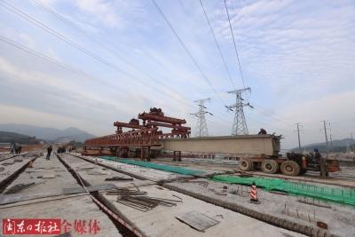 福宁北路北山溪桥102片梁片架设完成  预计9月底通车