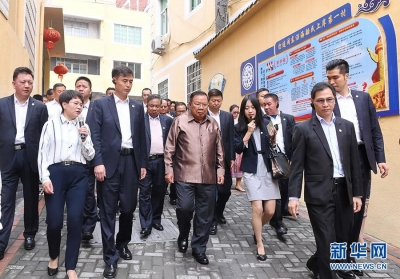 闽东渔村迎来特殊客人——记老挝人革党中央总书记、国家主席本扬考察福建宁德下岐村