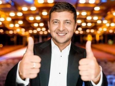 乌克兰举行总统选举 喜剧演员泽连斯基拔得头筹