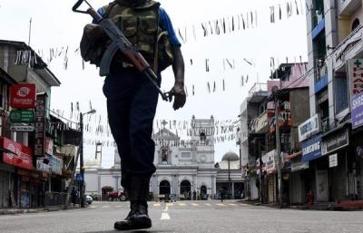 担心再次发生袭击,斯里兰卡警方令民众上交枪械刀具爆炸物