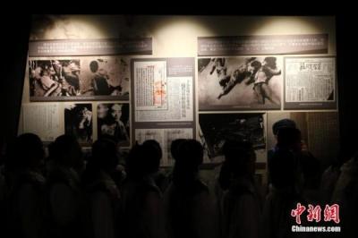 日媒公布侵华日军使用毒气证据