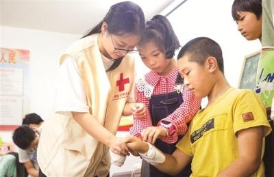 福建卫生职业技术学院实践团开展为期六天的暑期三下乡活动