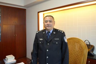 人民日报追记福建宁德市公安局蕉城分局副局长杨春:他的工作总是满满当当