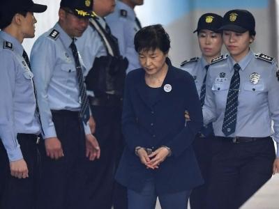 """韩国最高法院驳回朴槿惠""""亲信干政""""案二审判决"""