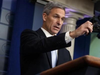 美国联邦政府出台限制合法移民新规