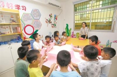 福安市下白石下岐村邀请老师免费帮助渔家娃儿预习功课