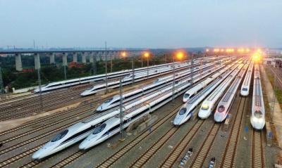 中秋假期首日全国铁路预计发送旅客1370万人次