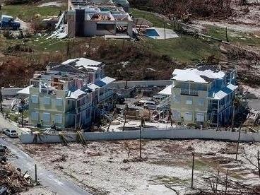 """风暴""""多里安""""袭击加拿大 致逾37万人无电可用"""