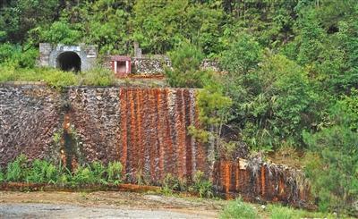 """广西一村庄被含镉""""毒水""""污染 当地已启动治理程序"""