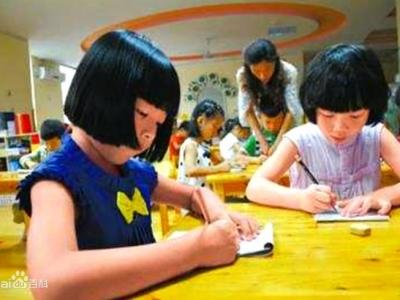 市教育局:瞄准群众关注点 扩大普惠幼教覆盖
