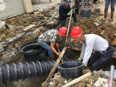 黑臭水体整治|老城区雨污分流明年底全覆盖