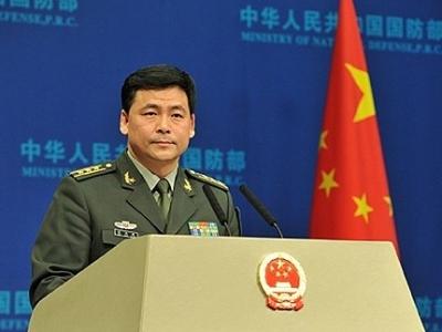 国防部新闻发言人就香港问题、美舰擅闯中国南海岛礁等答记者问