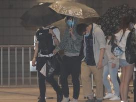 """港媒:香港242人涉嫌""""参与暴动""""同日提堂,为""""修例风波""""以来单日最多"""