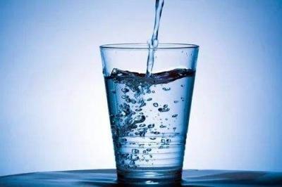 第四季度城市居民饮用水   出厂水合格率100%