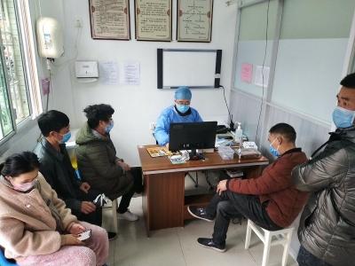 市总工会看望慰问坚守防疫抗病岗位一线的医务工作者