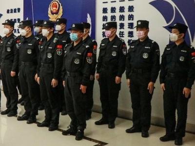 东侨:10名党员民警上任社区党组织副书记