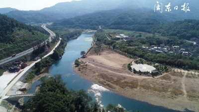 守好一溪清水 共护生态屏障
