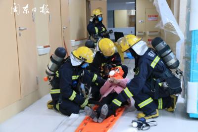 闽东医院举行消防演练活动