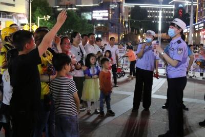 屏南交警:用直播形式开展交通安全宣传