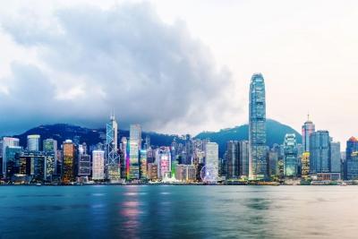 """香港必须建立与""""一国两制""""相适应的新教育体制"""