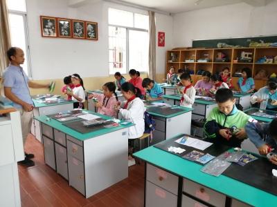 周宁县咸村中心小学:少年宫搬进乡村校园 托起孩子的多彩梦