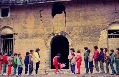 一组上世纪90年代的闽东乡村儿童照片,让你重温过去的好时光!