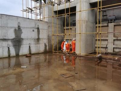 霞浦:施工人员高处坠落 消防紧急救援