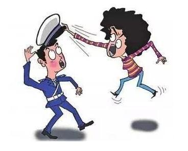 暴力抗法:福安一女子 涉嫌妨害公务罪被依法刑事拘留