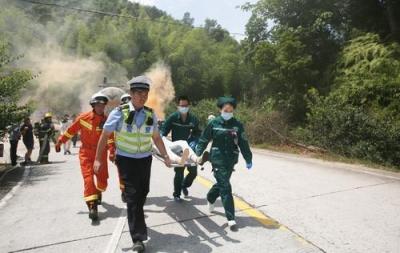 福安、霞浦联合开展多部门跨区域道路交通事故应急处置联合演练