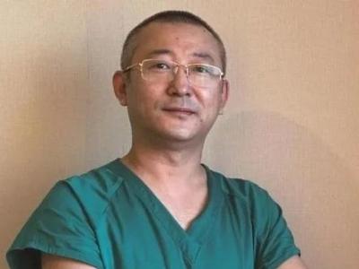 痛心!42岁支援绥芬河医生心脏骤停去世,曾因一张照片被大家熟知