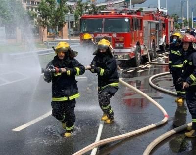 多部门联合开展危险品运输突发事件前期处置演练活动