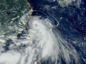 """第四号台风""""黑格比""""给我市带来风雨影响"""