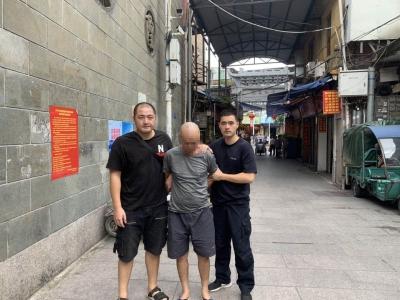 """""""马大哈""""车主电动车丢了9天才报案,东侨公安2小时抓到嫌疑人"""