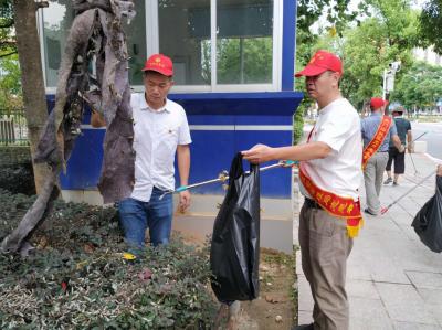 东侨大门山社区联合共建单位开展环境卫生大扫除活动