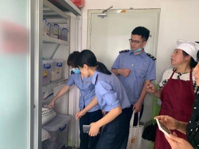 """保障开学""""第一餐""""!柘荣市场监管局开展校园食品安全检查"""