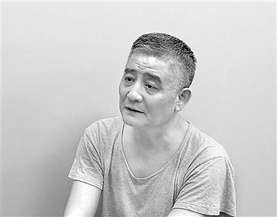 乌鲁木齐原副市长李伟案剖析:爱耍特权,酒桌上人分三等酒分三档