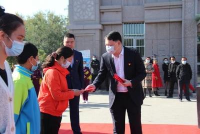 闽疆情!新疆呼图壁贫困学子收到了宁德送去的助学金