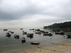 """两大渔场分别于今日11时、17时前全部撤离!市防指部署今年第20号台风""""艾莎尼""""防御工作"""