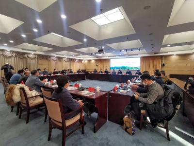 长篇报告文学《山海闽东》研讨会在京举行