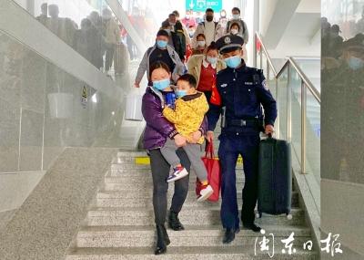 迎首个春运,衢宁铁路屏南站是这样的一幅场景!