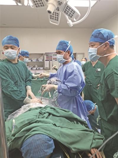 市中医院:名医育良医,精湛医技服务病患